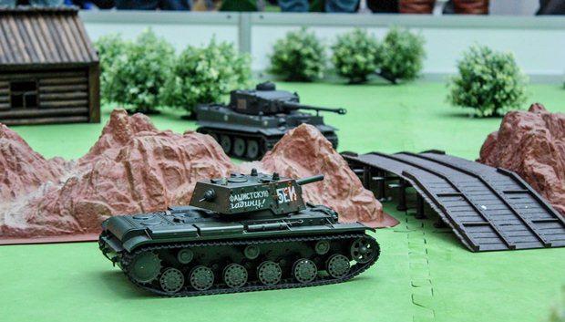 Радиоуправляемые танковые бои