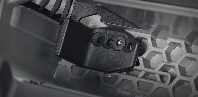 http://xn--80aqahhiry1c.xn--p1ai/images/upload/E-Revo-Details-Battery-compartment.jpg